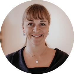 Dr. Ruth Sandvoß